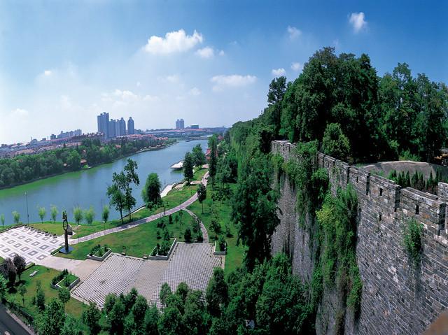 Vista de la famosa muralla de la ciudad